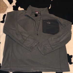 Men's north face pullover